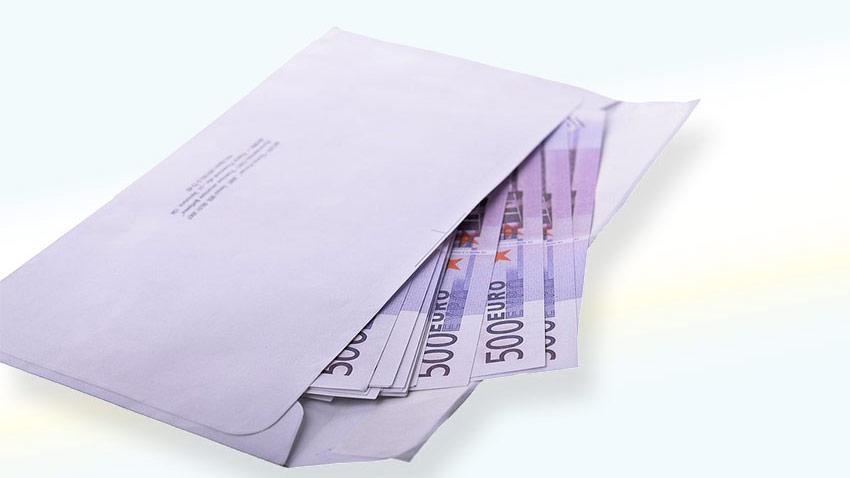 Търговците на едро няма да докладват за пране на пари пред ДАНС